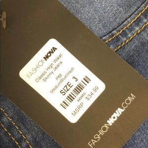 Fashionnova high waisted jeans in size 3
